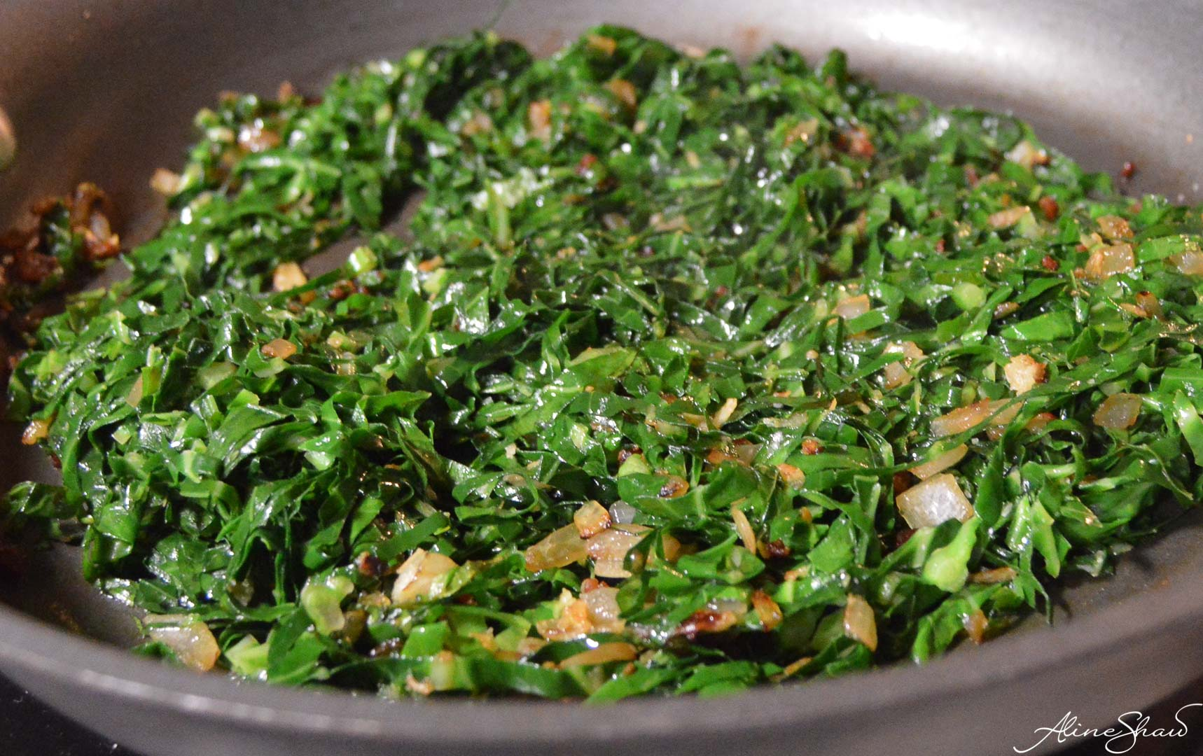 Couve a Mineira - Brazilian collard greens with bacon